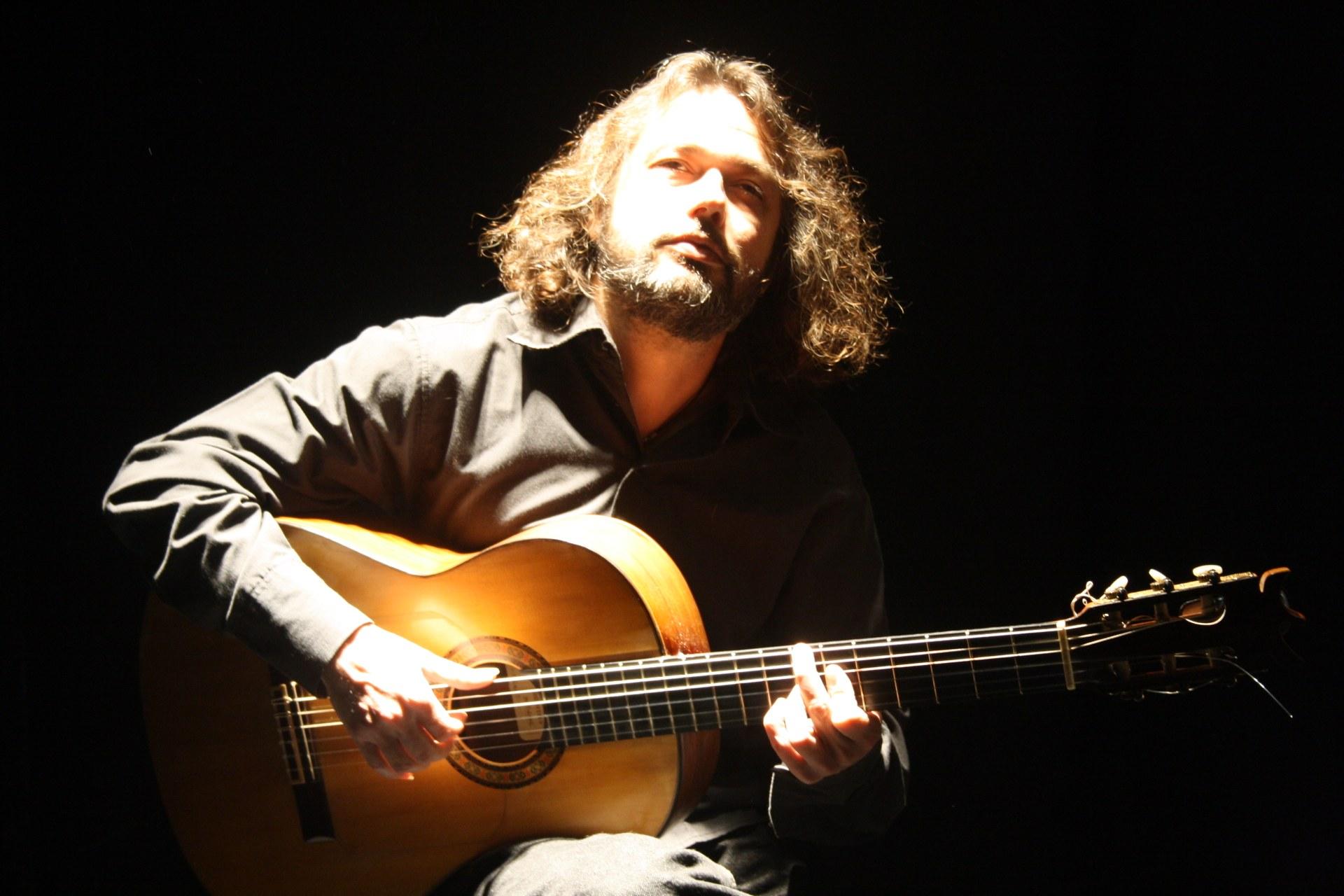 Javier Gavara oferirà el 16 d'agost un concert de guitarra flamenca a les 21.00 h a l'ermita de Sant Sebastià