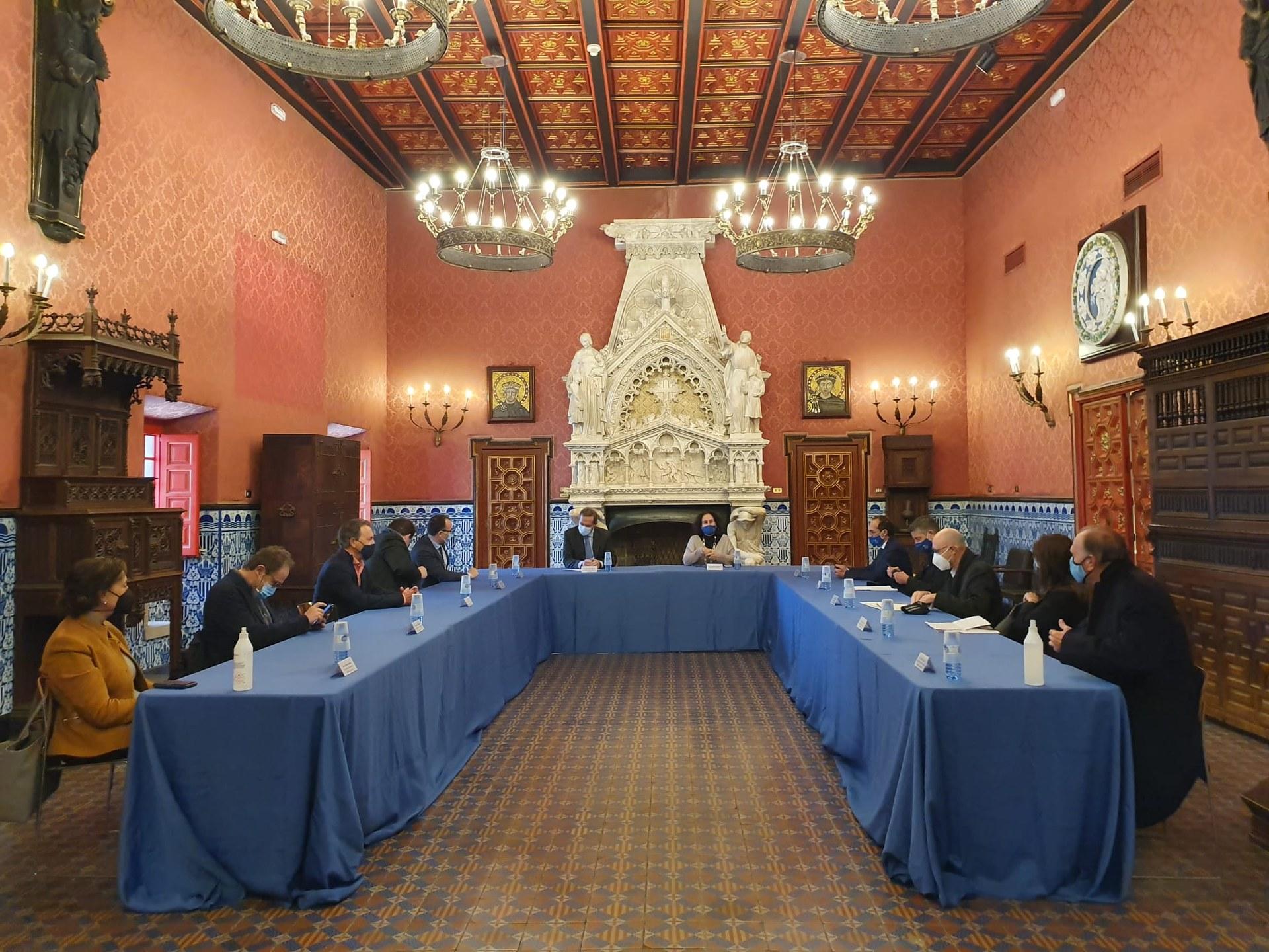 El secretari d'Estat de Turisme es reuneix a Sitges amb representants de l'Ajuntament i del sector econòmic de la vila