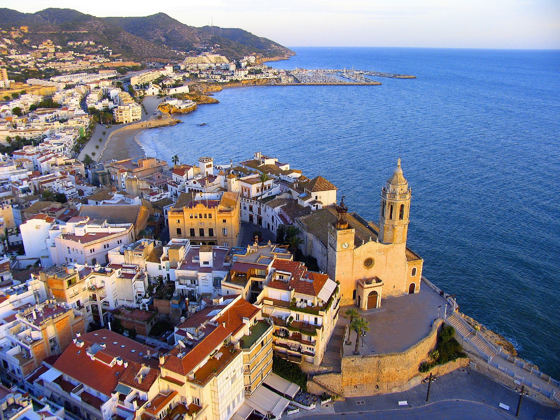 L'Oficina d'Informació Turística de Sitges incorpora millores en el servei al visitant