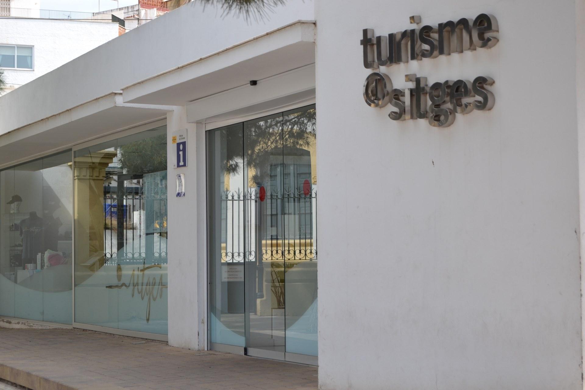 L'Oficina d'Informació Turística de Sitges renova el seu compromís amb la sostenibilitat