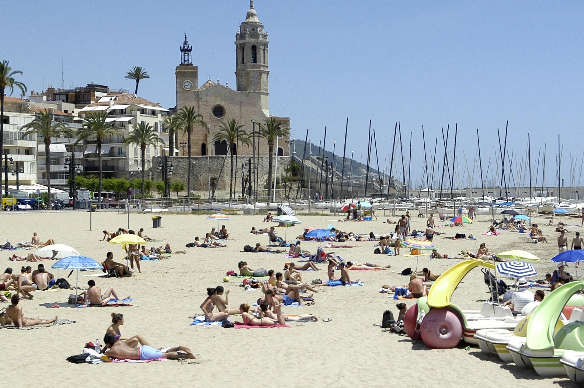 Sitges obté nou banderes blaves per a les platges i tres per als ports