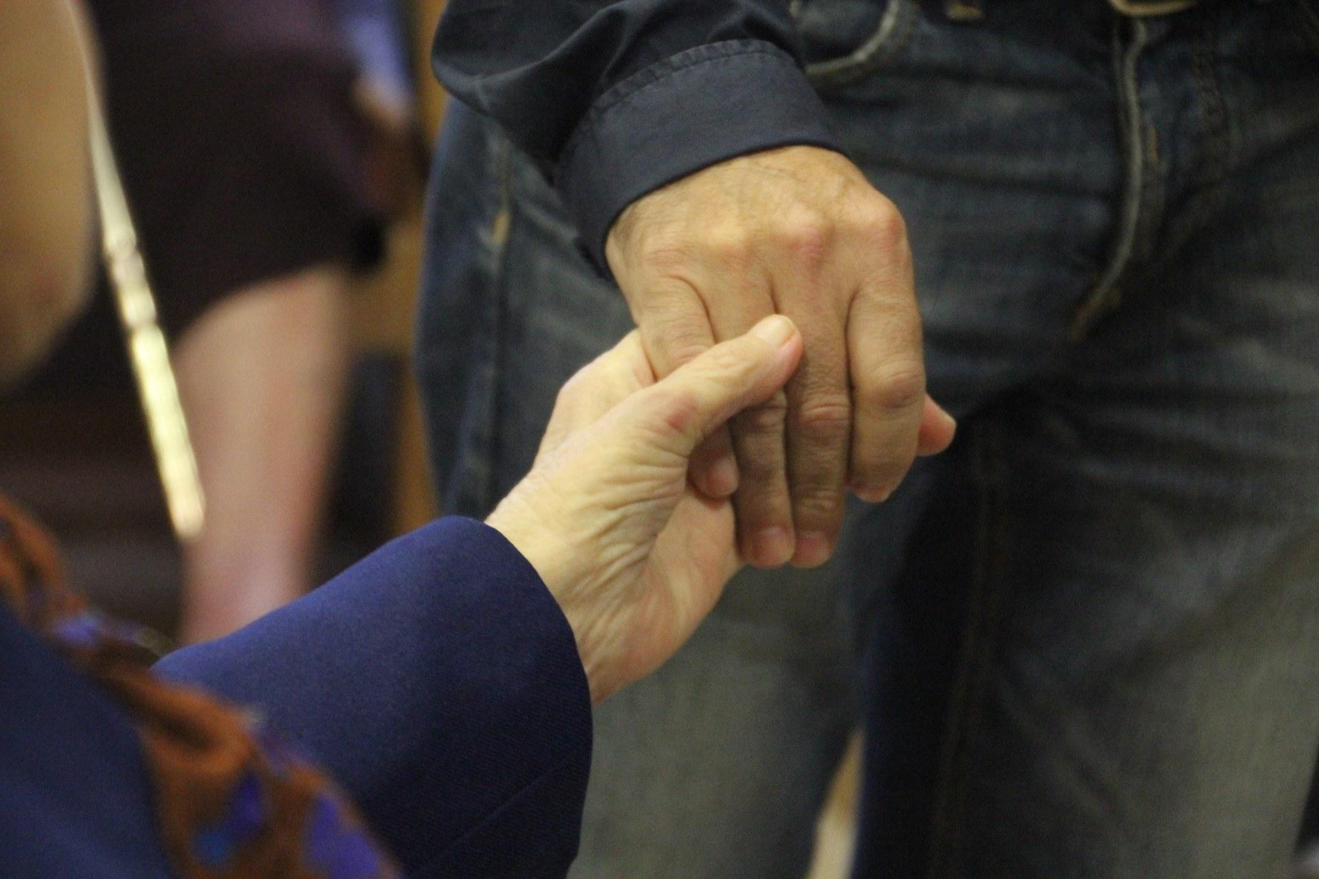Sitges ret un homenatge a la gent gran, als seus familiars i als treballadors de les residències