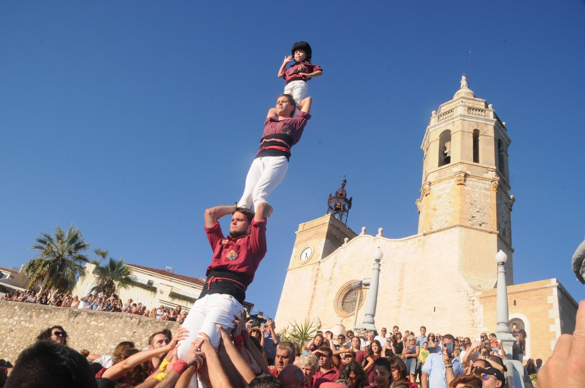 Pujada i Baixada del Pilar de la Jove de Sitges