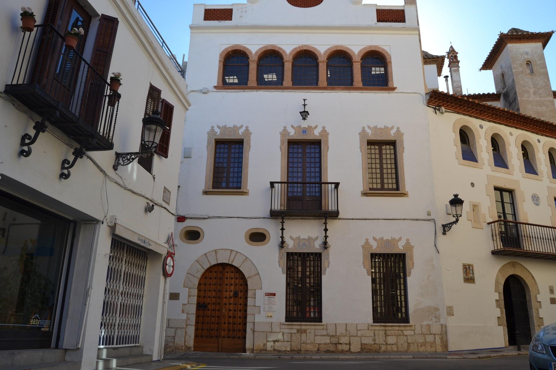 La Biblioteca Santiago Rusiñol reobrirà les portes el proper dimarts 2 de juny