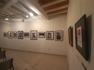 Exposició Des del Balcó (pla general).jpeg
