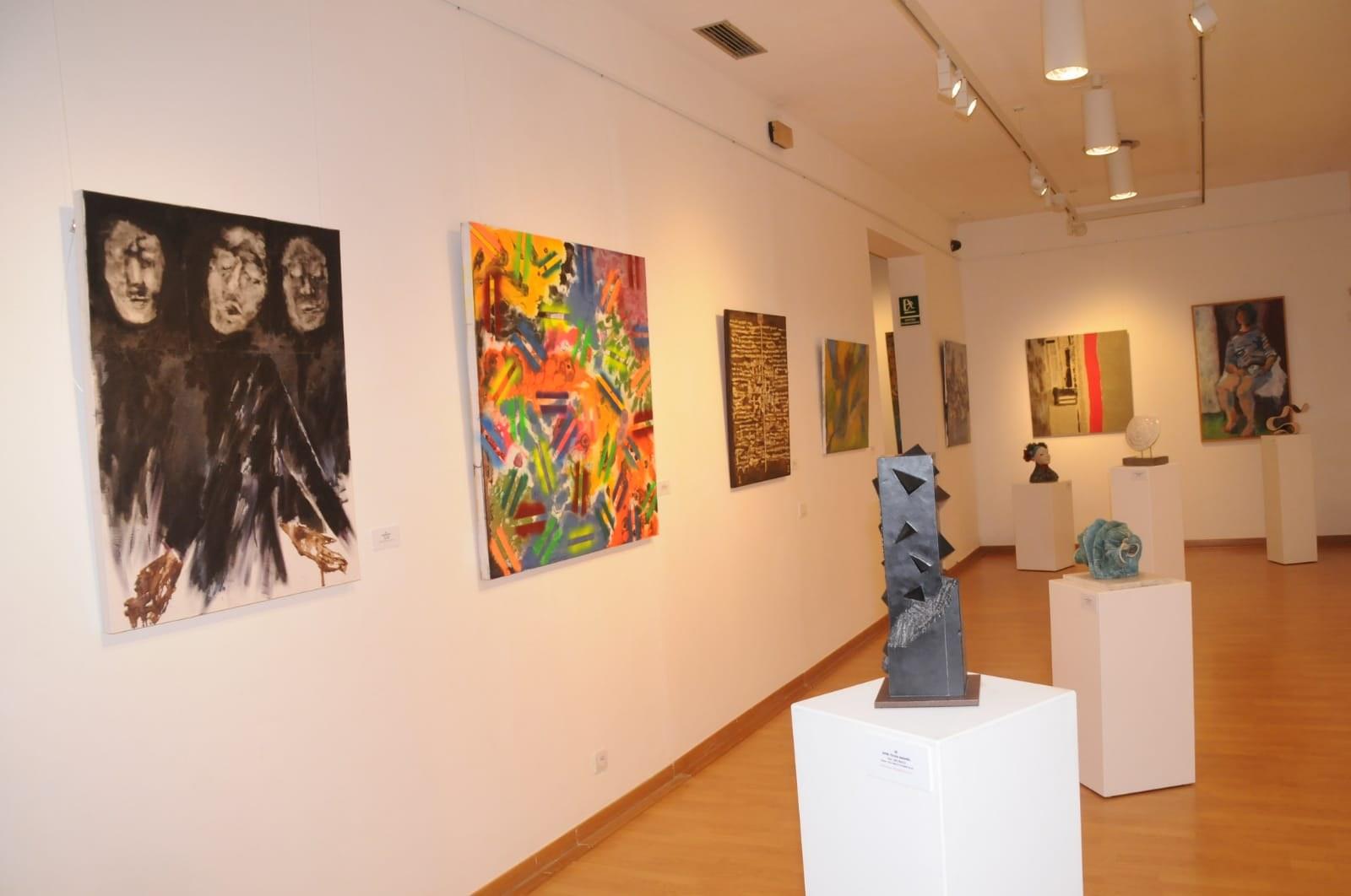 Exposició al Centre Cultural Miramar amb les obres de l'últim concurs