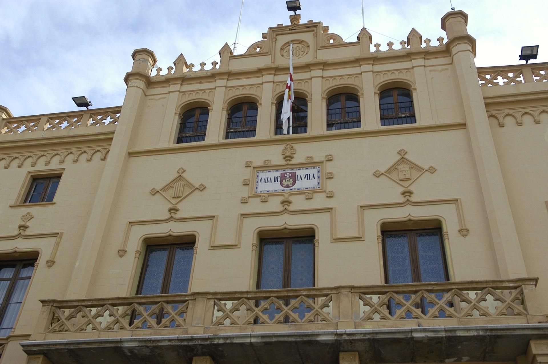 Sitges continua treballant per abordar la solució a la venda ambulant no autoritzada
