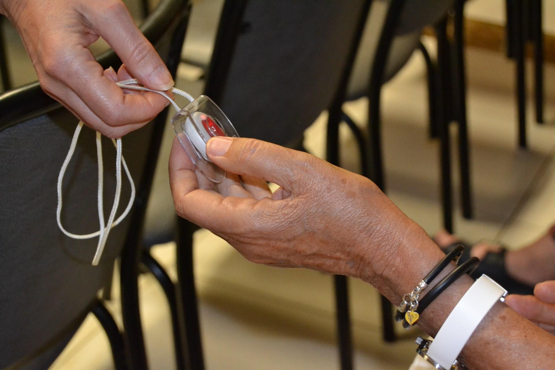 L'ajuntament inicia un reforç al servei de teleassistència durant el coronavirus