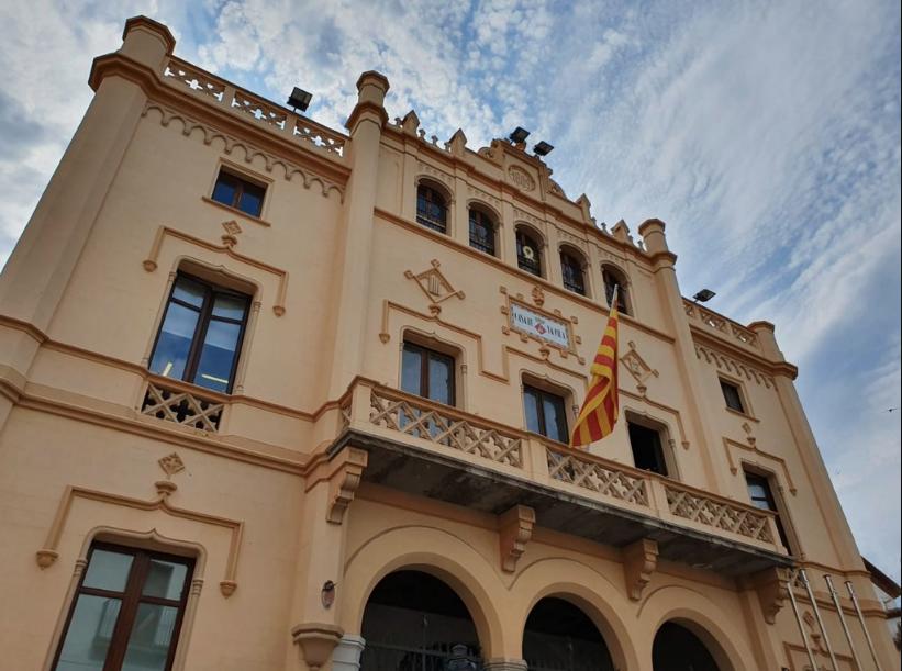 L'Ajuntament impulsa la contractació de persones migrades en situació irregular
