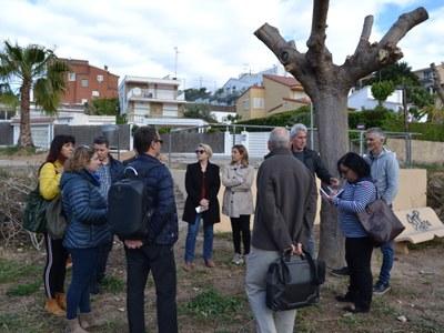 Ajuntament i Generalitat signen l'acta de replanteig de l'Escola Agnès de Sitges