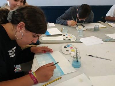 Alumnes de 4t d'ESO de l'Escola Pia reinterpreten obres dels museus de Sitges per crear una exposició