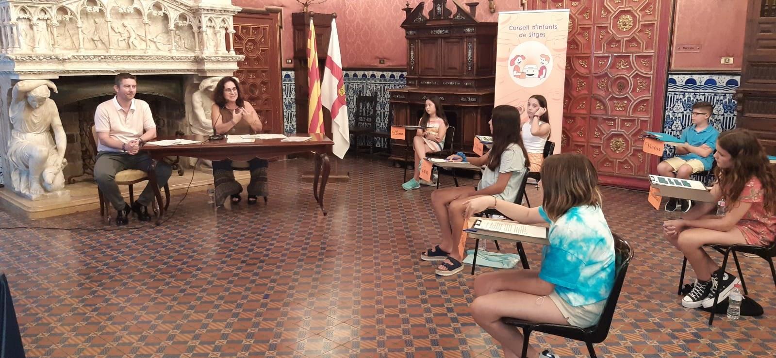 El 17è Consell d'Infants de Sitges presenta el seu projecte 'Cap de setmana a la Sitgetana per a infants, adolescents i famílies'