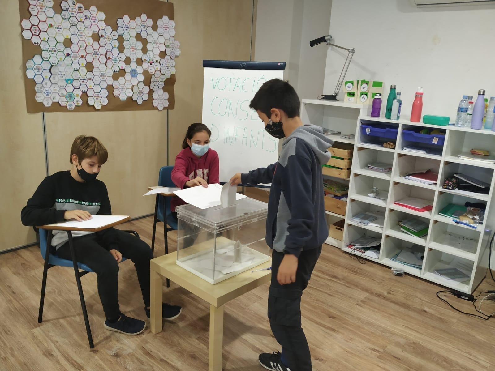 Els centres escolars escullen els representats per al 18è Consell d'Infants
