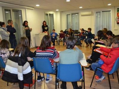 L'alcaldessa Aurora Carbonell visita el Consell d'Infants de Sitges