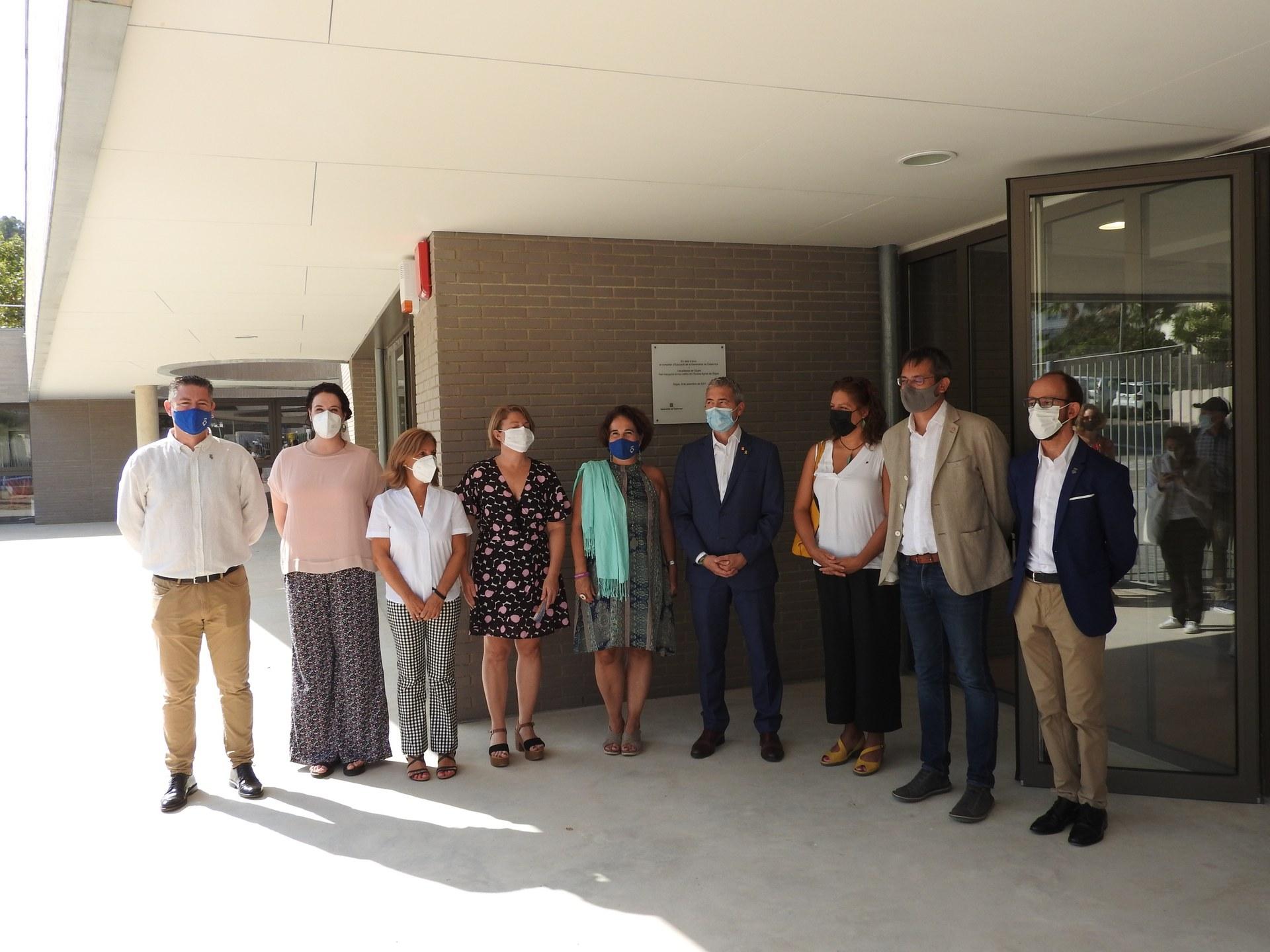 L'alcaldessa de Sitges i el conseller d'Educació inauguren el nou edifici de l'Escola Agnès de Sitges
