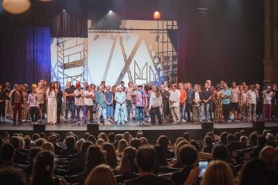 imatge © Sergi Panizo-David Ruano Fotografia _XX Gala Aixeca_teló_017 La Cubana Menció Honorífica .JPG