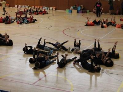 Les escoles de Sitges participen en la ballada conjunta del Garraf en el marc del projecte Dansara