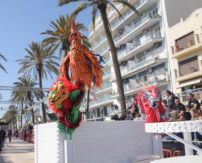 Imatge del Gall del Casino Prado en el Carnaval de Sitges 2019.