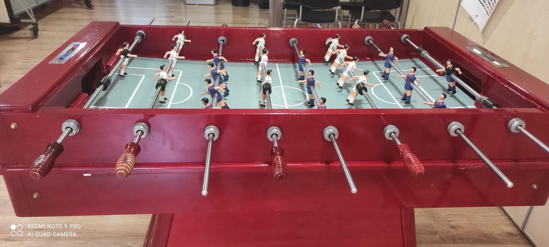 Els joves, de 12 a 25, anys podran disputar un torneig de futbolí aquest divendres