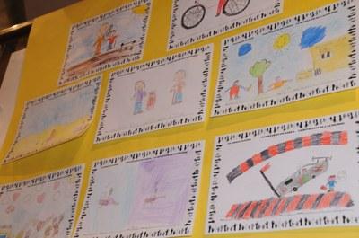 Exposició dels treballs sobre les Jornades Solidàries fets pels infants