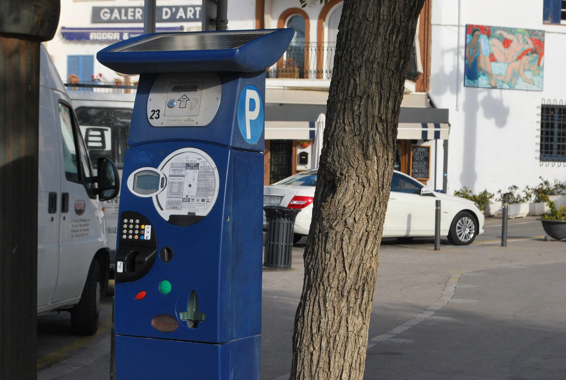 Els distintius de vehicles de residents  del 2020 seguiran vigents per al 2021