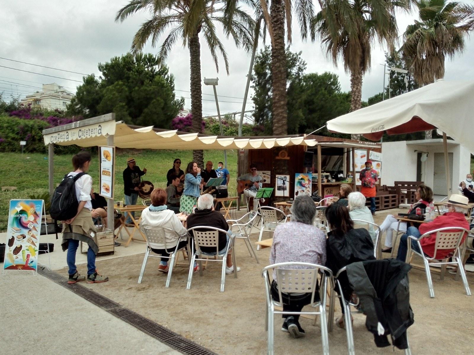 L'Ajuntament autoritza la música en viu i ambiental a terrasses i establiments de restauració i hostaleria