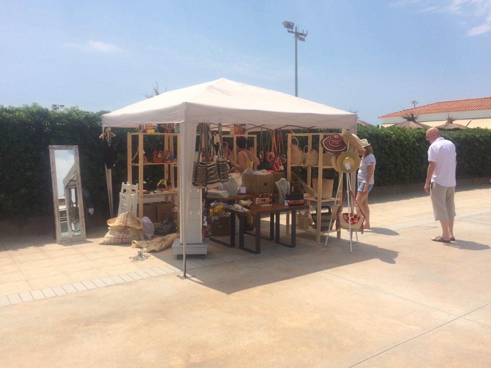 L'Ajuntament de Sitges obre aquest dijous una convocatòria per formar part de la Fira d'estiu d'artesania i regals del passeig
