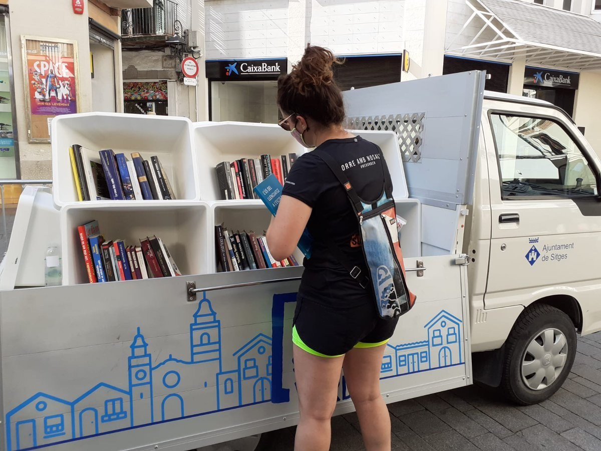 El Cap de la Vila acull la Book truck aquest 10 d'agost de 10 a 14 hores