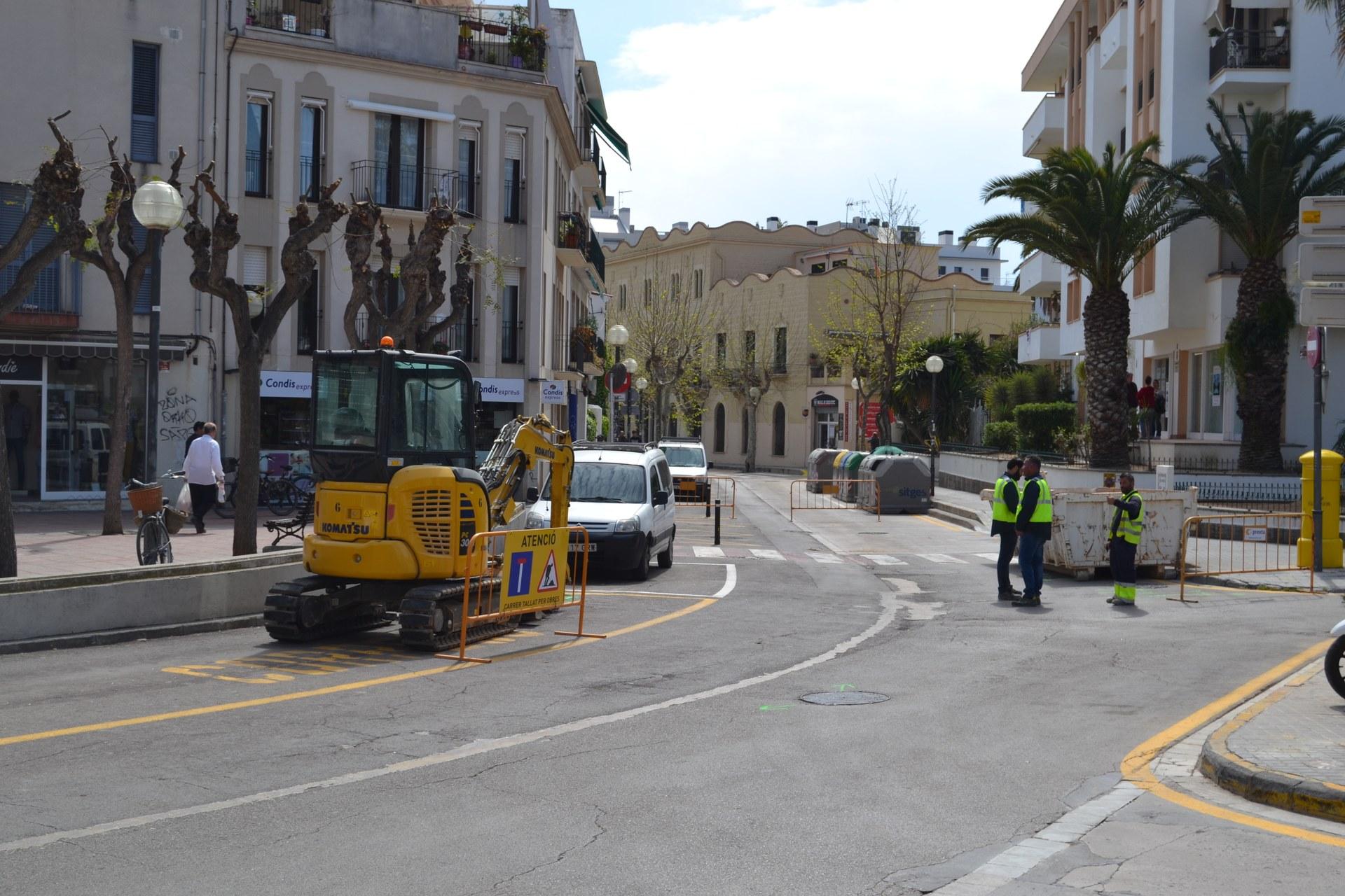 S'inicien les obres de la primera fase de les obres del carrer Espalter amb els treballs a la plaça del Pou Vedre