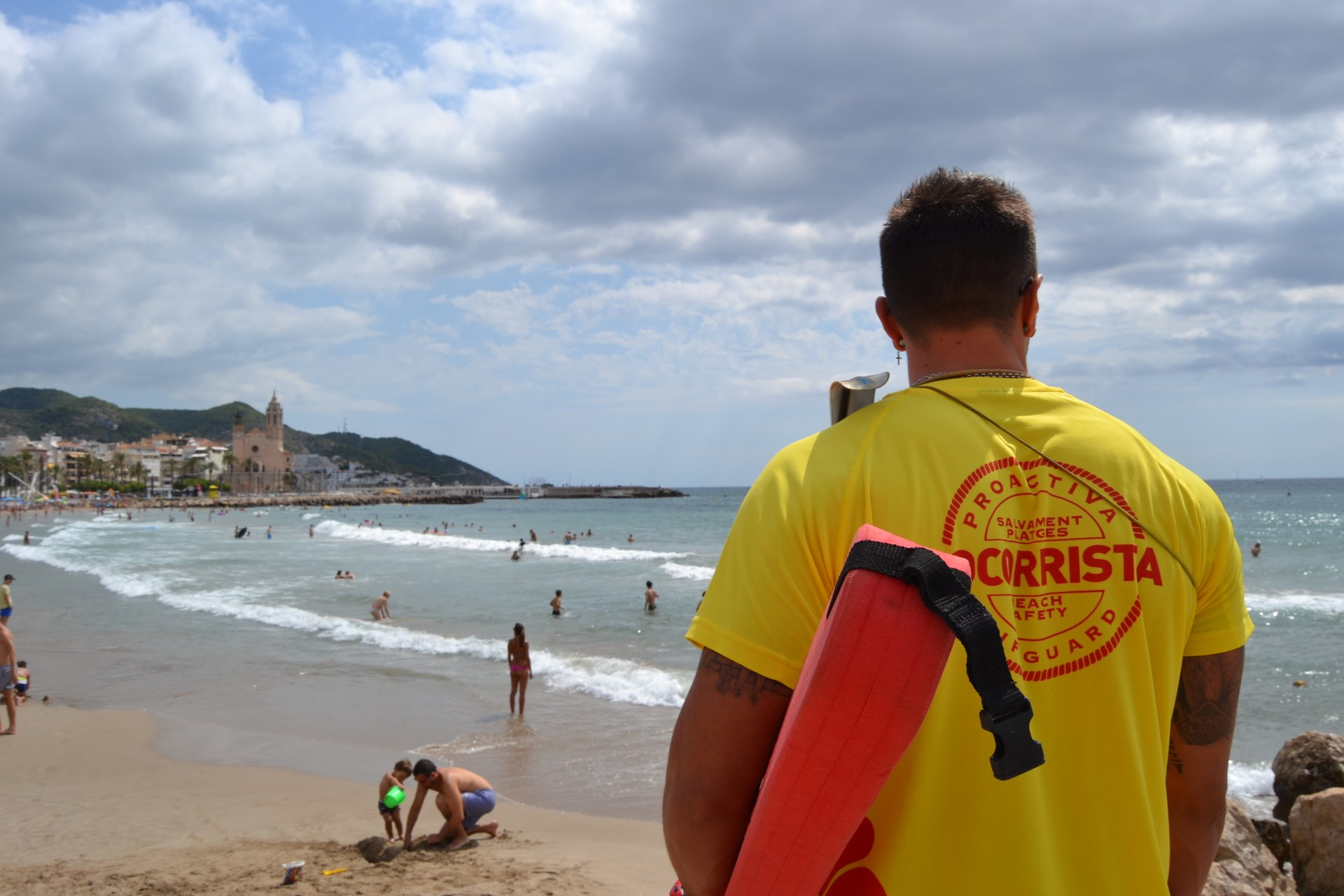 Les platges de Sitges tanquen la temporada d'estiu amb una disminució d'incidències greus